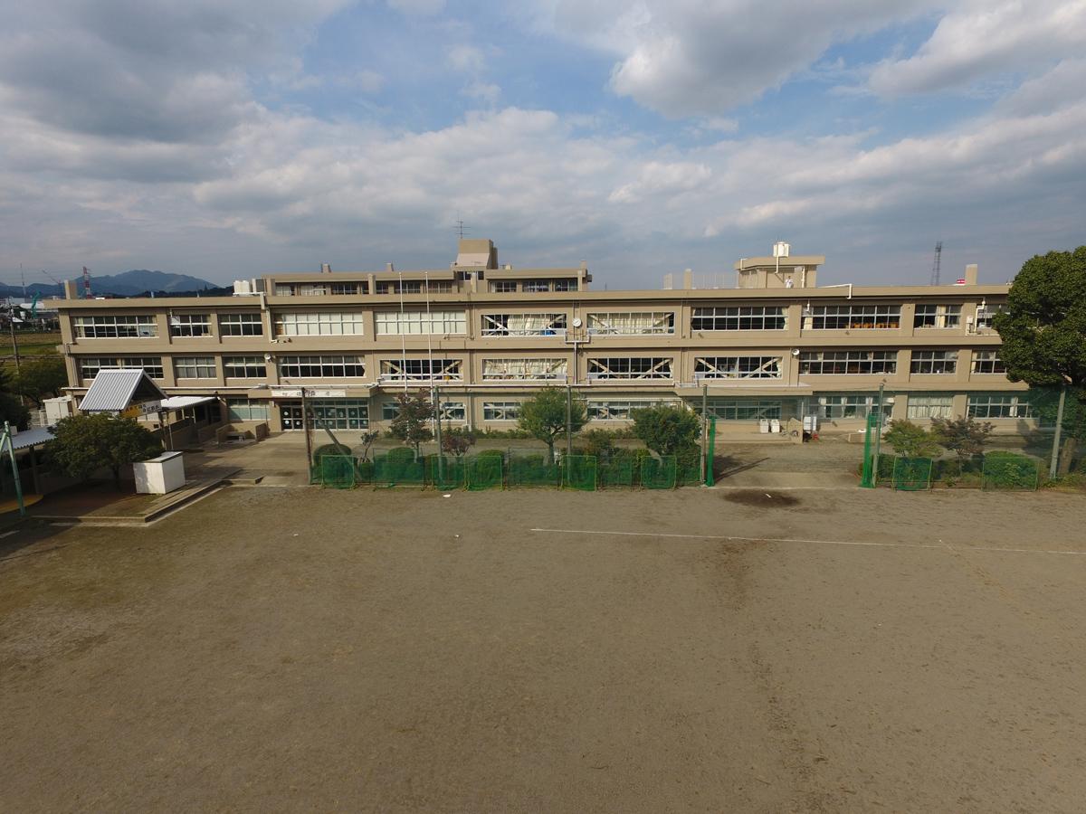 東名中学校 南棟校舎 外壁・屋上改修工事 (2017年10月)